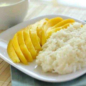 Kleefrijst met Mango (Khao Niaow Ma Muang)