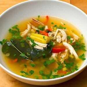 Tom Yum Gai (pittige thaise kippensoep)